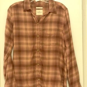 Long sleeve plaid shirt.